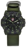 Luminox Men's 3042 Quartz Black Dial Carbon
